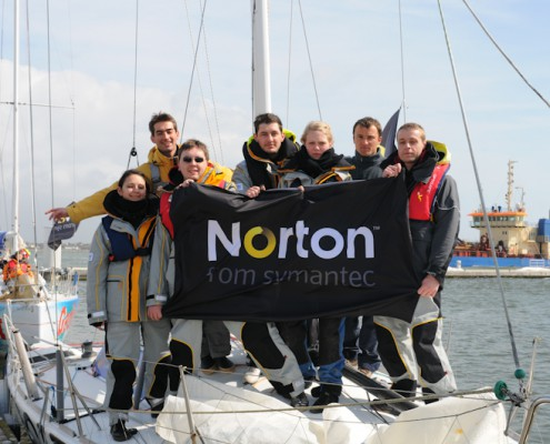 Equipage AGIR pour week-end Grand Large Norton Symantec
