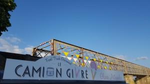 Camion Givré mauves balnéaire 2016 Déguster une glace pour innover